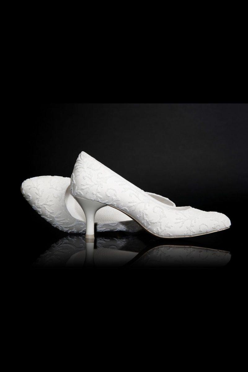 Туфли кожаные с фактурным декором