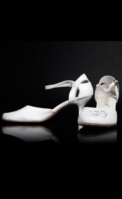 свадебные босоножки белые
