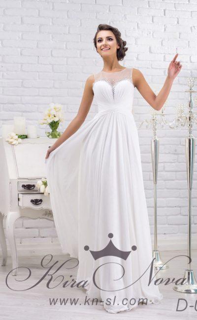Прямое свадебное платье в греческом стиле, с отделкой из драпировок и вышивки по лифу.