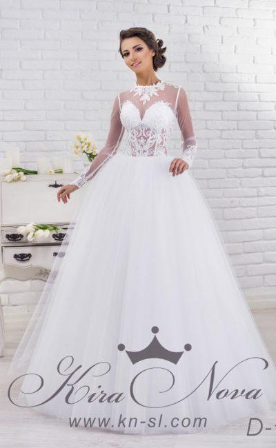 Эксцентричное свадебное платье с полупрозрачным кружевным корсетом и вырезом сзади.