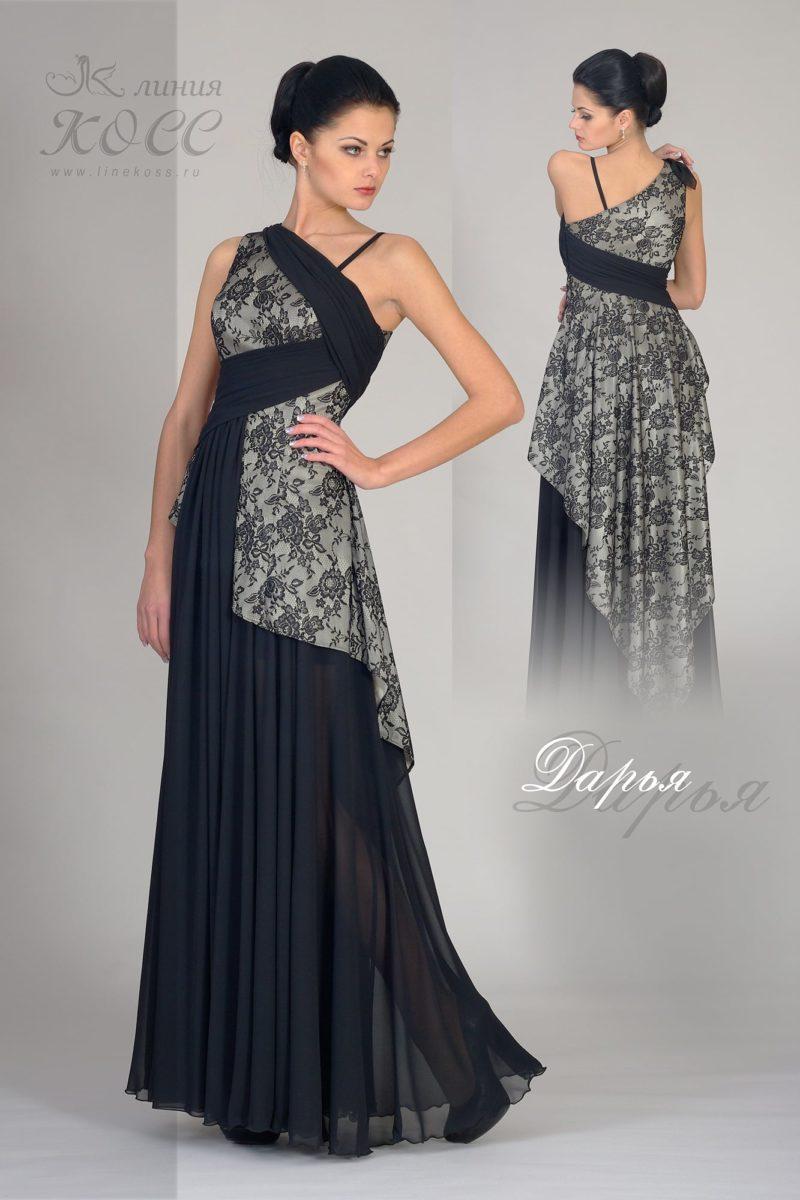 Длинное вечернее платье с отделкой тонким черным кружевом.