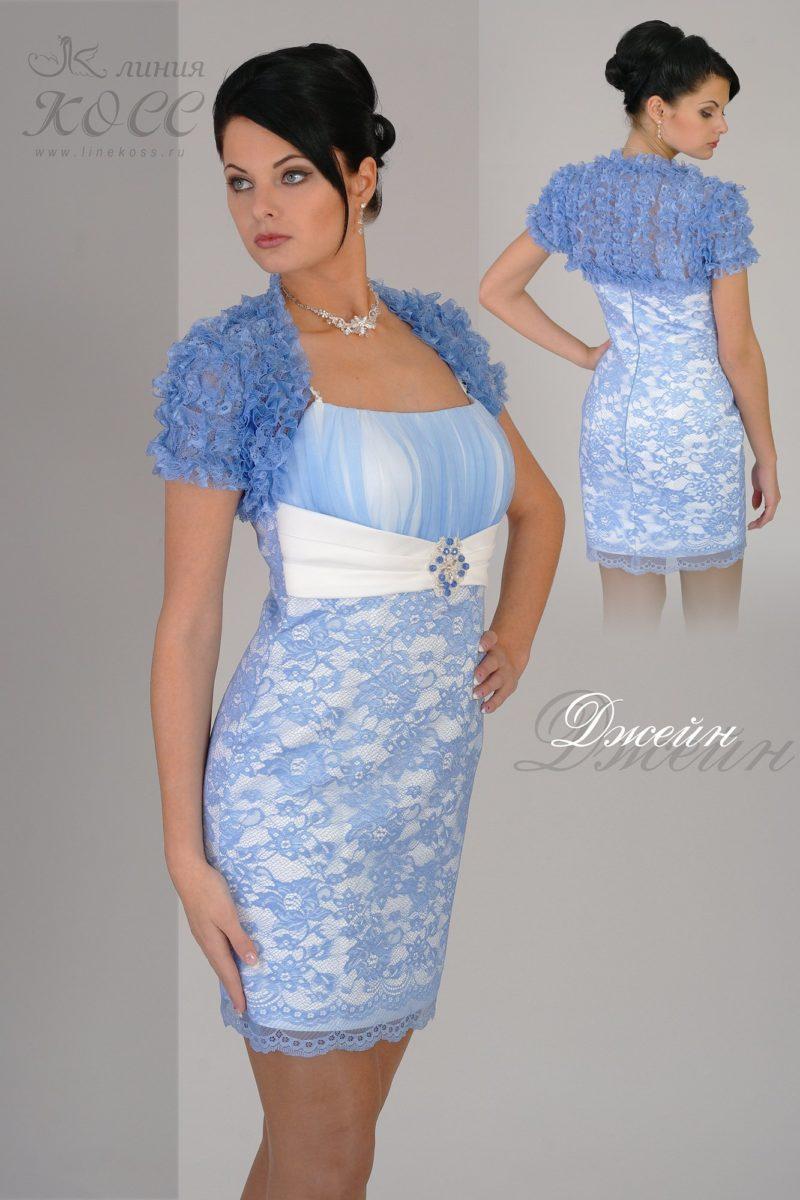 Кружевное вечернее платье длиной до середины бедра с коротким болеро.