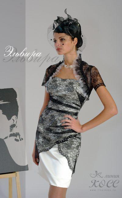 Кружевное вечернее платье-футляр с коротким многослойным болеро.