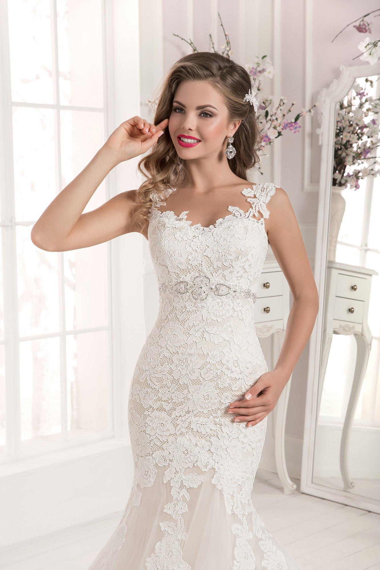a85e7e9ea984221 Свадебное платье Farletta Орхидея ▷ Свадебный Торговый Центр Вега в ...