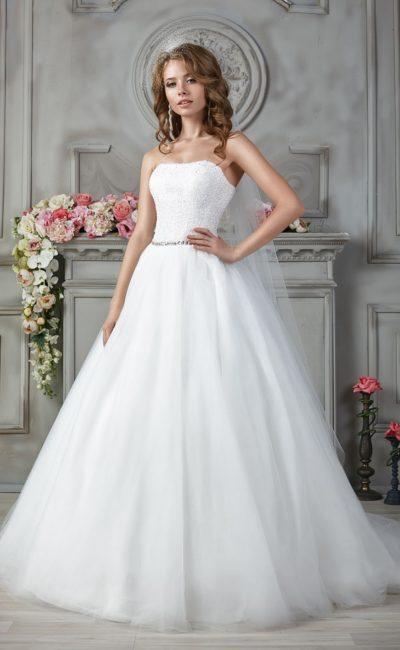 свадебное платье с фактурным корсетом
