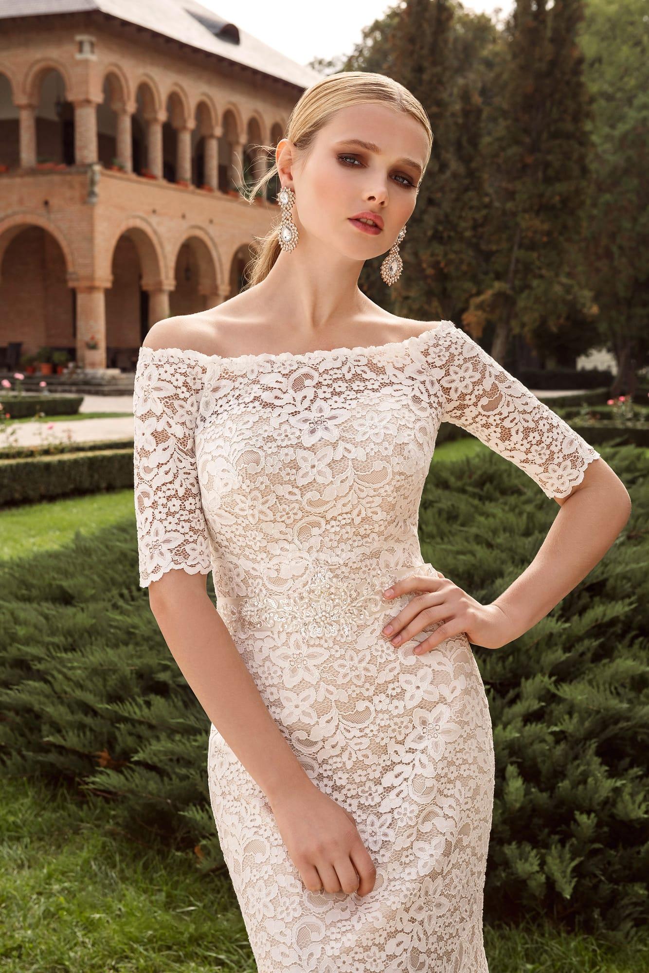 352d7c87375 Свадебное платье Armonia Emma ▷ Свадебный Торговый Центр Вега в Москве