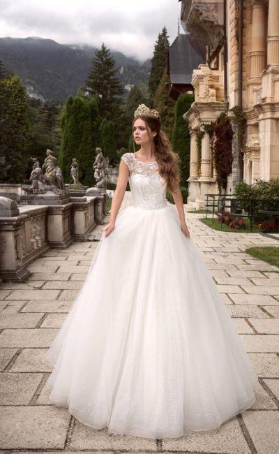 e744caa72c8 Очень пышное свадебное платье Armonia Aura ▷ Свадебный Торговый ...