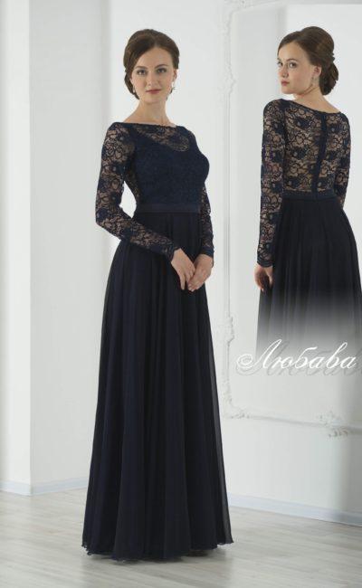 Утонченное вечернее платье черного цвета с кружевным декором верха и прямой юбкой.