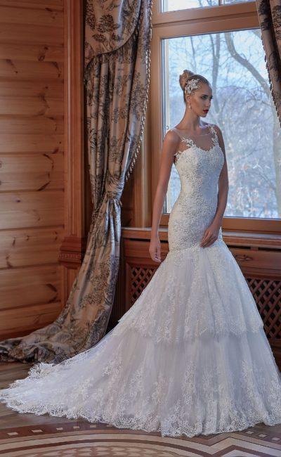Облегающее свадебное платье с прозрачной спинкой