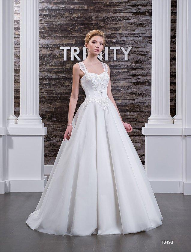Свадебное платье с широкими кружевными бретелями и полупрозрачной вставкой на спинке.