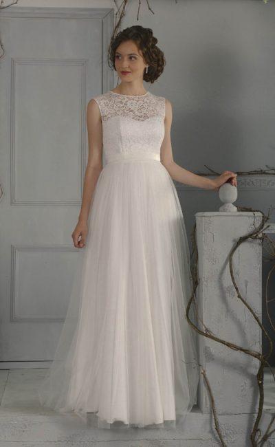 Недорогое свадебное платье в ампирном стиле