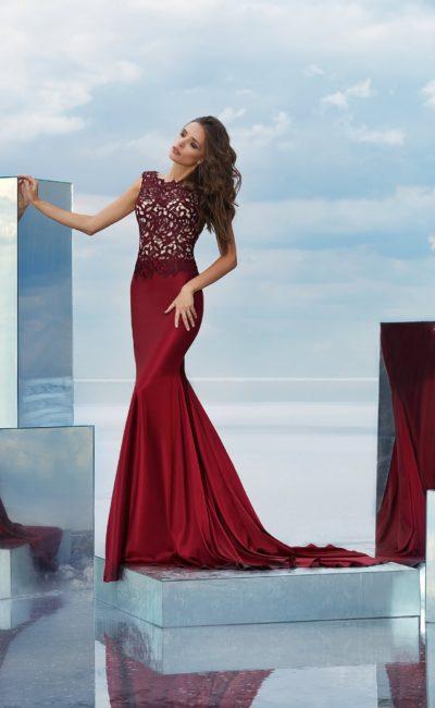 Вечернее бордовое платье «русалка»