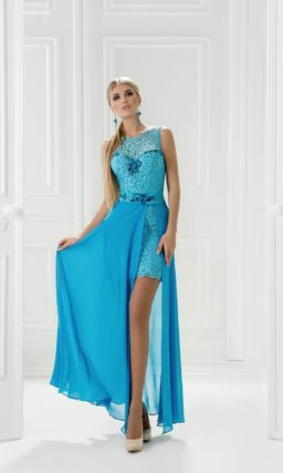 Вечернее платье-трансформер с кружевным декором и верхней юбкой.