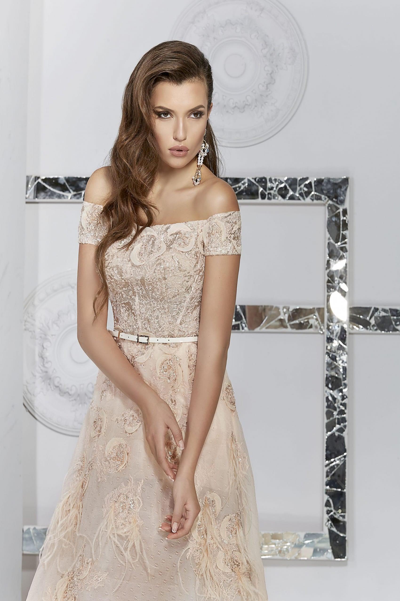 4435ac60663 Вечернее платье Pollardi C56702 ▷ Свадебный Торговый Центр Вега в ...