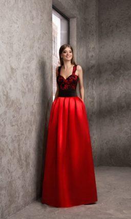 Вечернее платье-трансформер с пышной верхней юбкой.