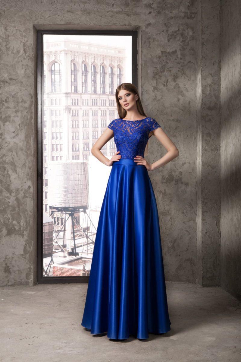 Ярко-синее вечернее платье