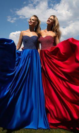 Сияющее вечернее платье с корсетом, полностью покрытым бисером.