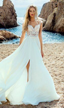 Романтичное свадебное платье с легкой юбкой