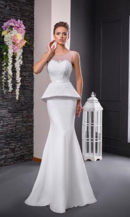 Свадебное платье «рыбка» с эффектной пышной баской и кружевным верхом.