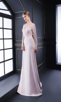Атласное вечернее платье «русалка» с длинным рукавом из розового кружева.
