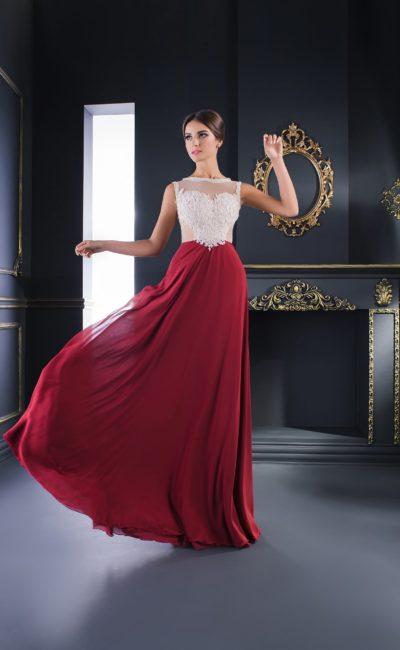 Прямое вечернее платье с длинной бордовой юбкой и полупрозрачным верхом.