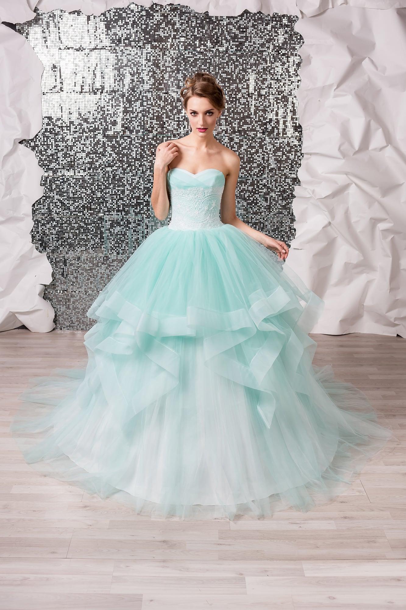 634438f681b Свадебное платье Lara Medeya light ▷ Свадебный Торговый Центр Вега ...
