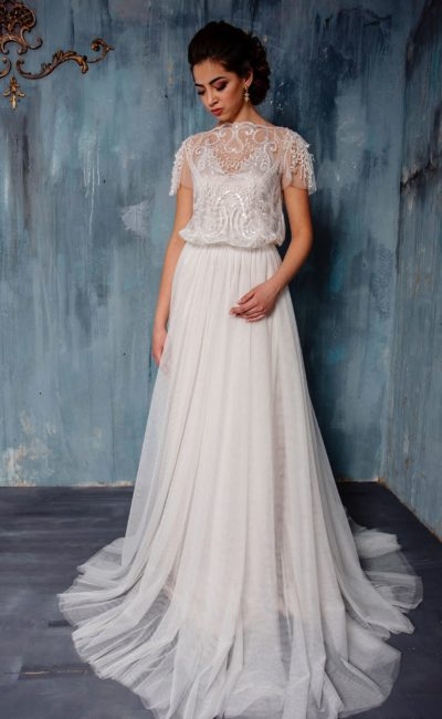 Оригинальное свадебное платье «принцесса» с просторным кроем лифа с вышивкой.