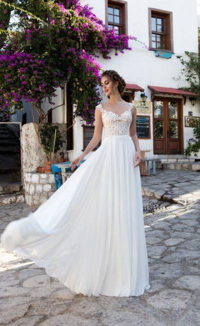 Недорогое платье с греческим силуэтом