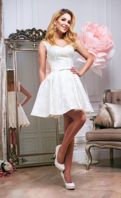 Недорогое короткое свадебное платье