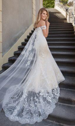 Нежное платье «рыбка»