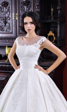 Пышное свадебное платье годе