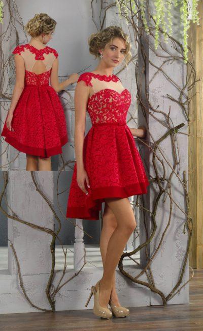Вечернее платье с пышной короткой юбкой и закрытым кружевным верхом.