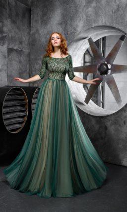 Изумрудное вечернее платье