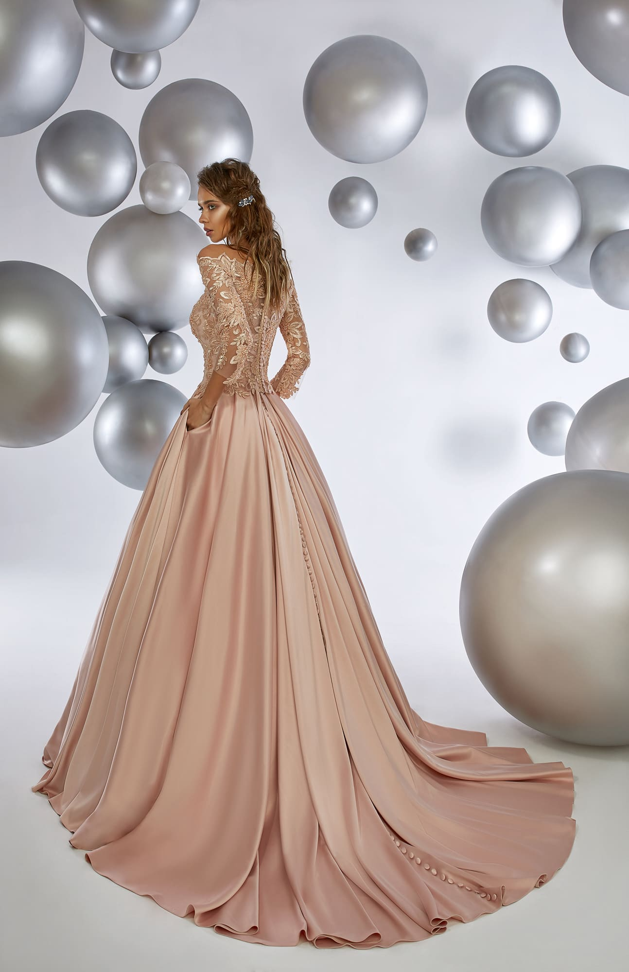40141bfb5b01abc /shop/sinopia/ /shop/sweet_pink/. Аrmonia Colorful Dreams / Strawberry Ice.  Кремовое вечернее платье ...