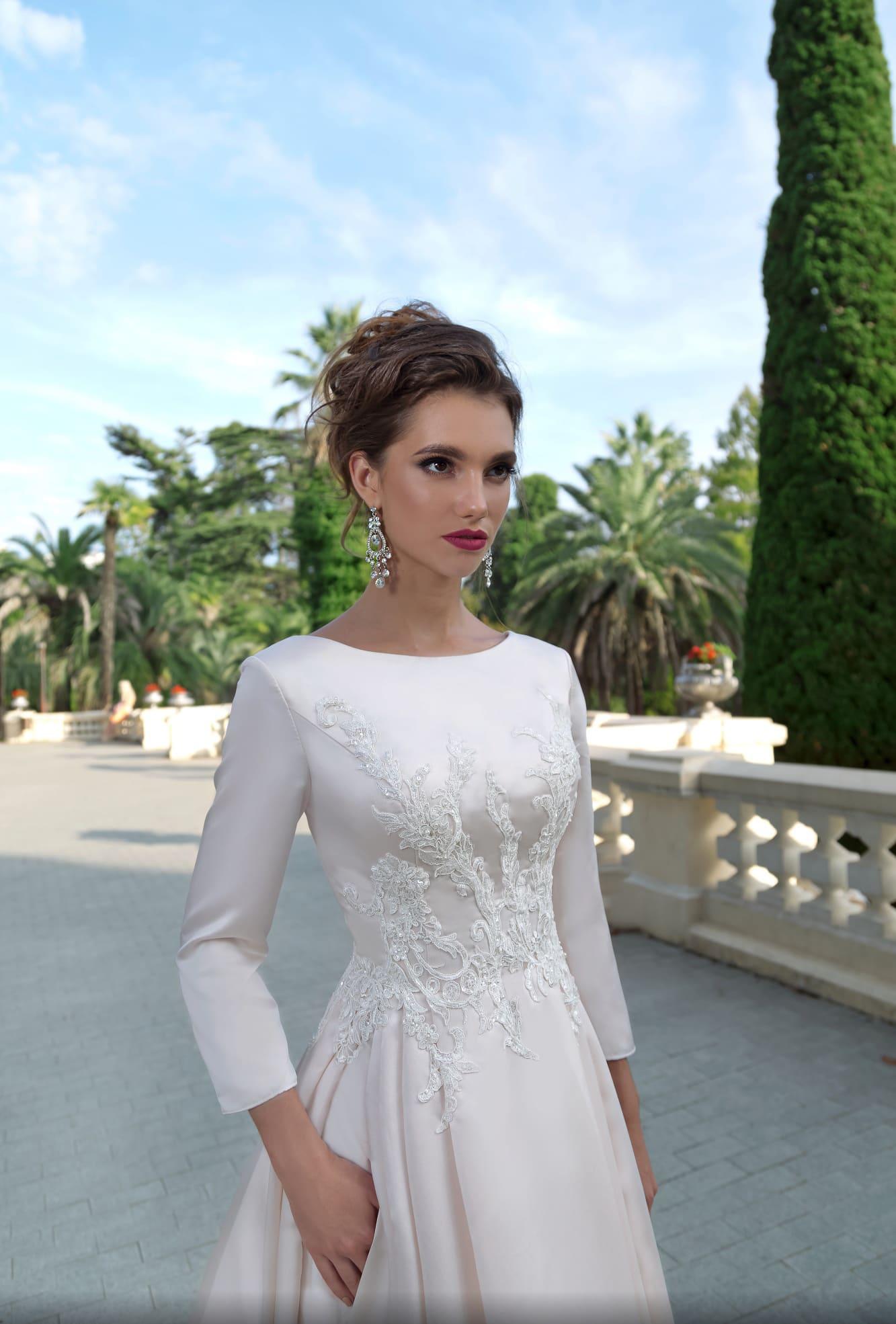 99b25c4a44e8f9f Свадебное платье Divino Rose Sofia ▷ Свадебный Торговый Центр Вега ...