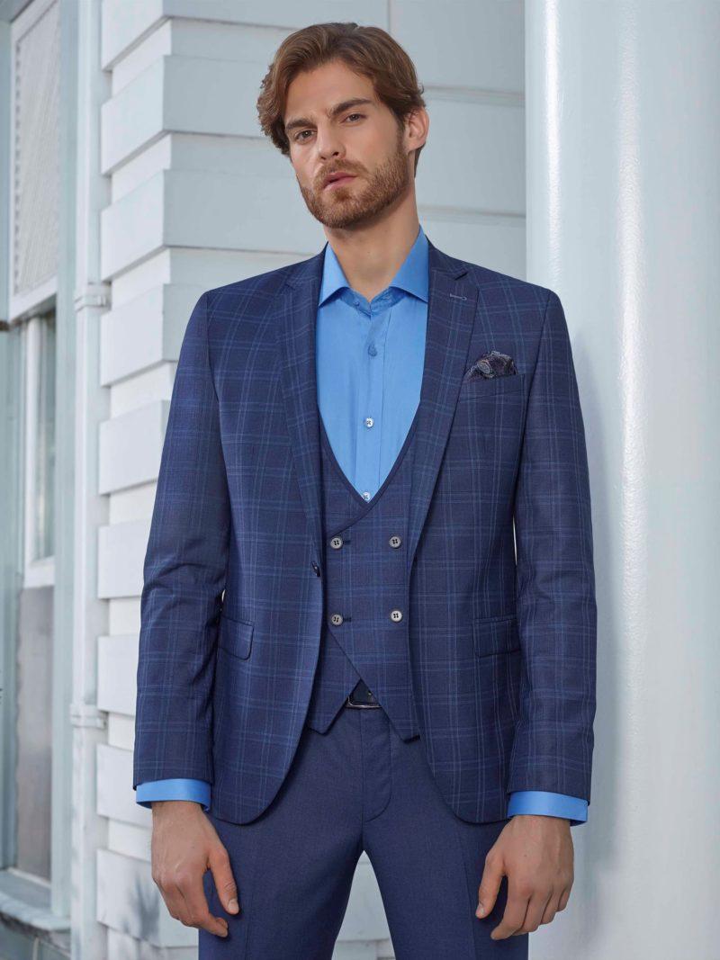 ▶▶Мужской костюм-тройка темно-синего цвета с прямыми брюками. ☎ +7 495 724 26 05 ▶▶ Свадебный центр Вега Ⓜ Петровско-Разумовская
