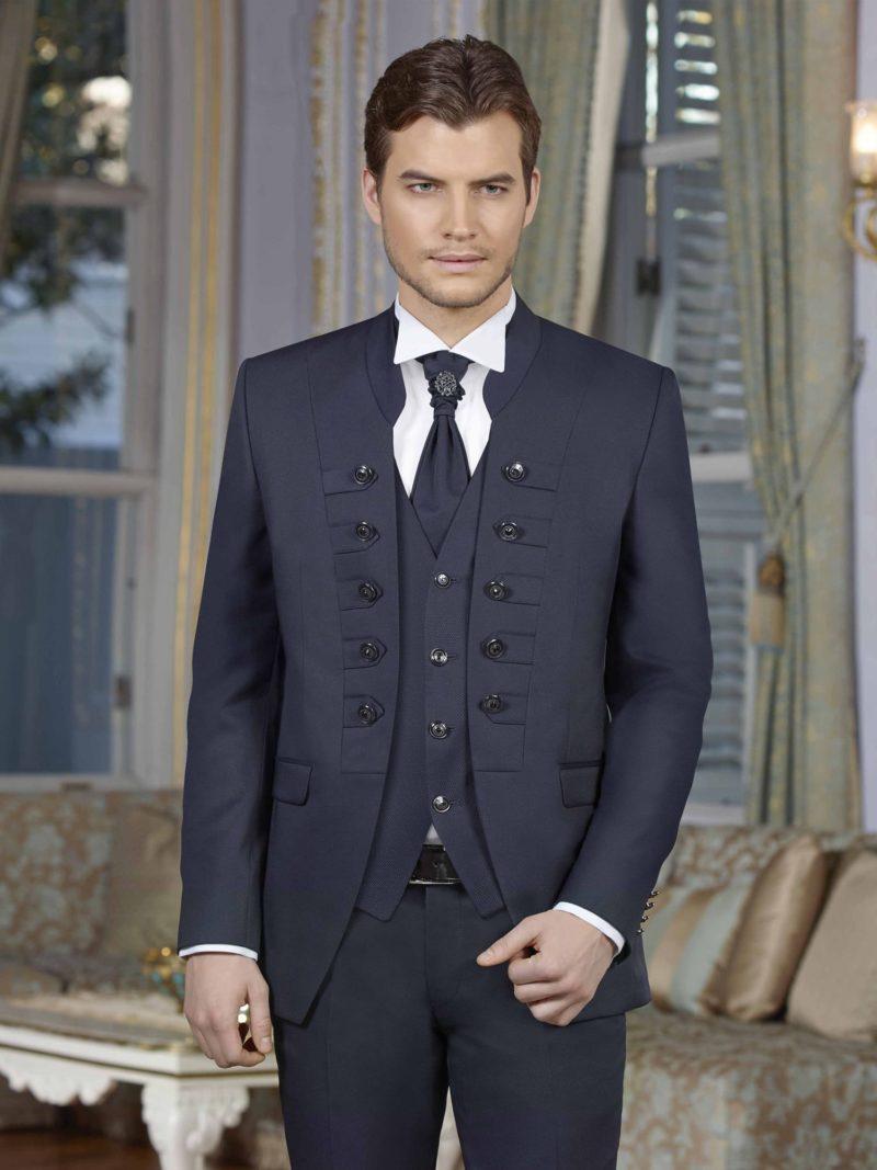 ▶▶Темно-синий мужской свадебный костюм с оригинальным пиджаком с пуговицами. ☎ +7 495 724 26 05 ▶▶ Свадебный центр Вега Ⓜ Петровско-Разумовская