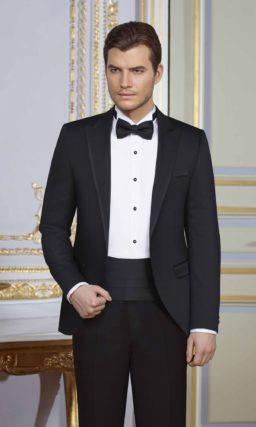 Черный мужской свадебный костюм