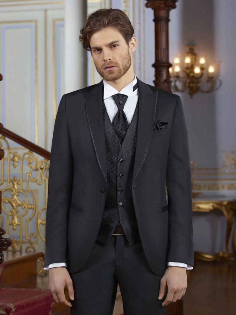 черный мужской свадебный костюм-тройка