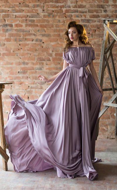 Свободное платье для мамы невесты