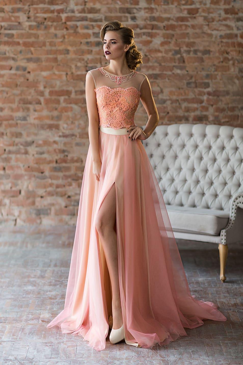 098ed0db34d Персиковое вечернее платье Valentina Gladun Fabian ▷ Свадебный ...