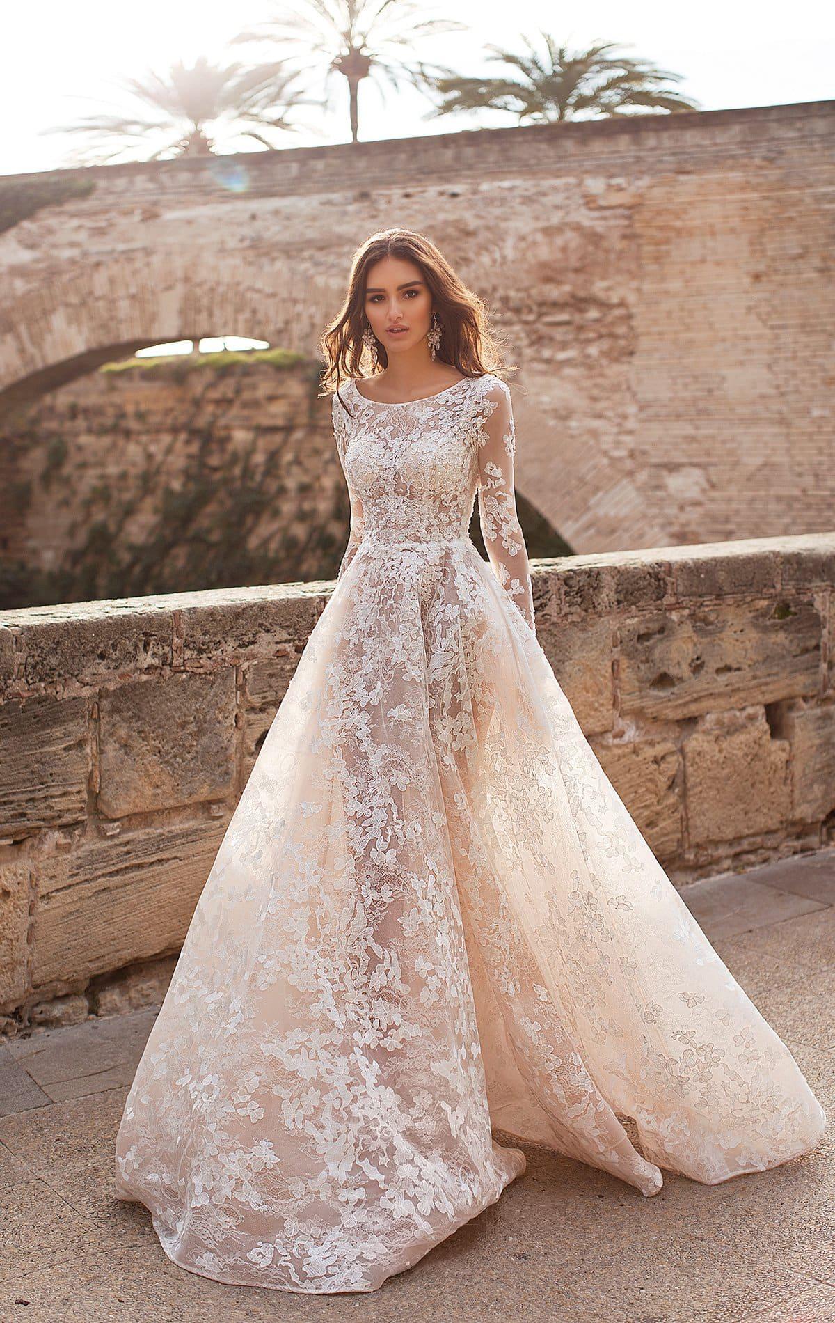a2a8386a4c8 Кружевное платье айвори Naviblue Bridal Julya ▷ Свадебный Торговый ...