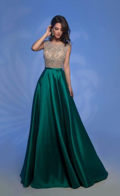 Платье с изумрудной юбкой