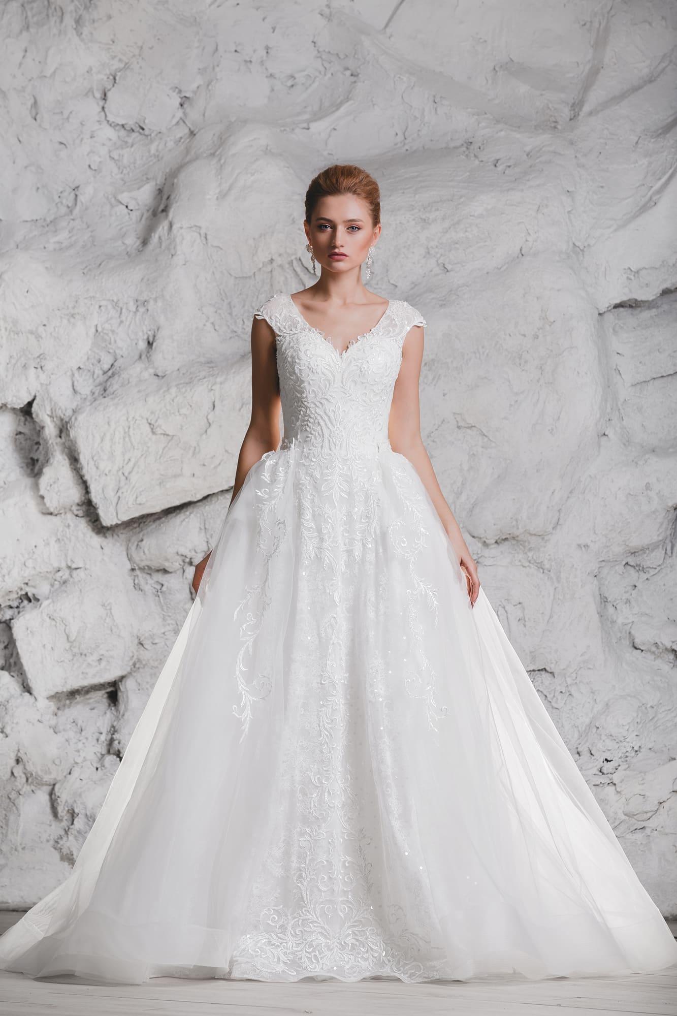 a372b188ebdb651 Свадебное платье Queen Greta ▷ Свадебный Торговый Центр Вега в Москве