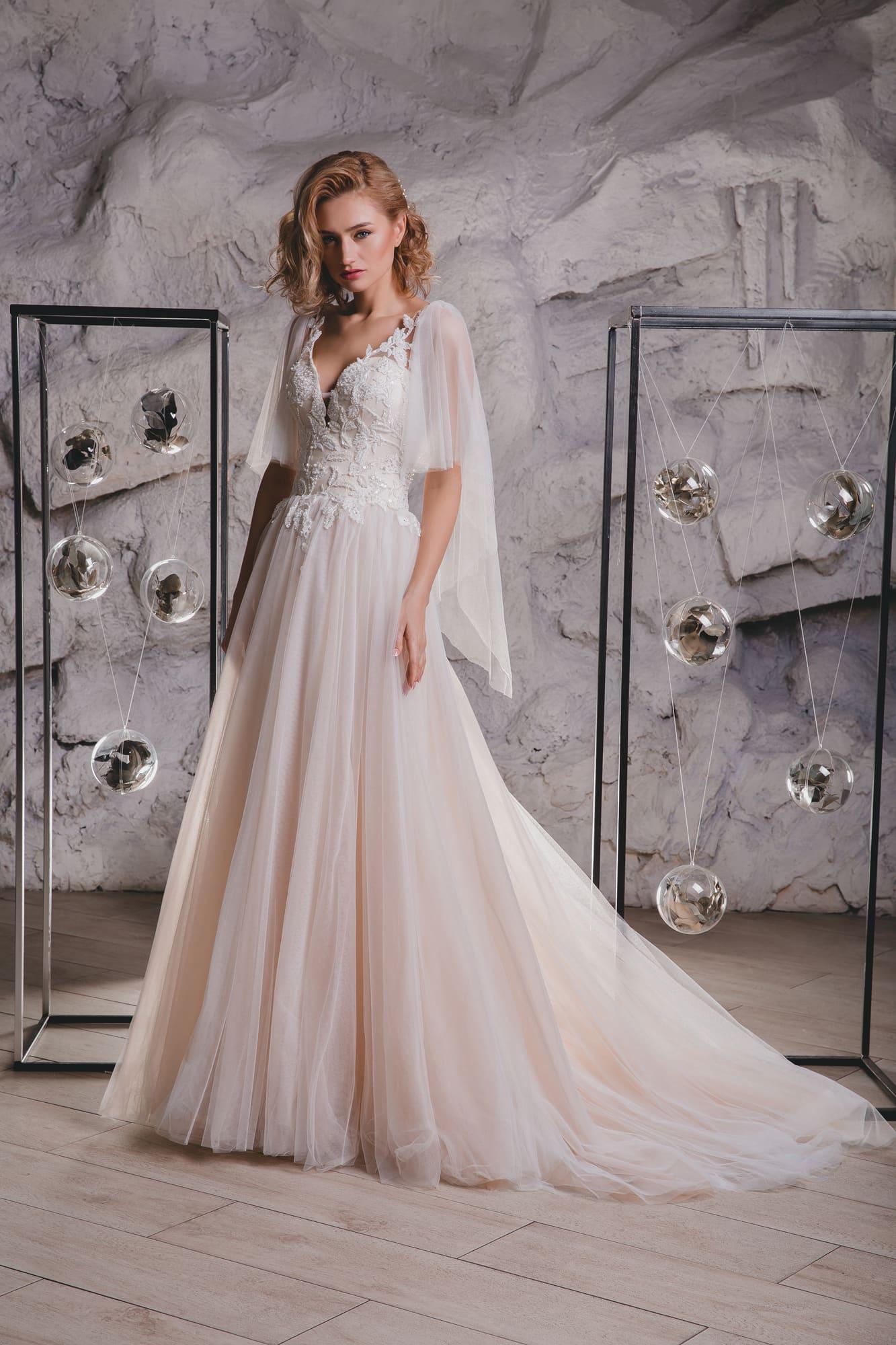 bf80da25f55d378 Свадебное платье Queen Janifer ▷ Свадебный Торговый Центр Вега в Москве