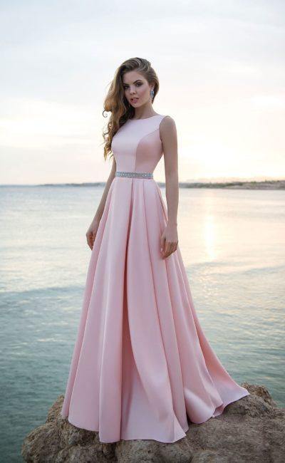 Платье в европейском стиле