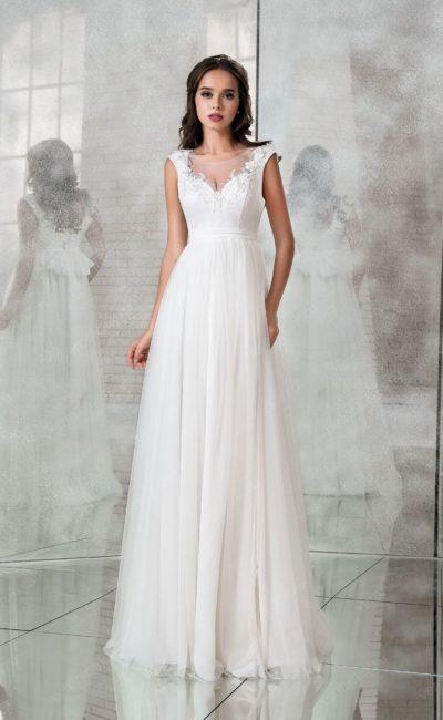 Платье с завышенной линией талии