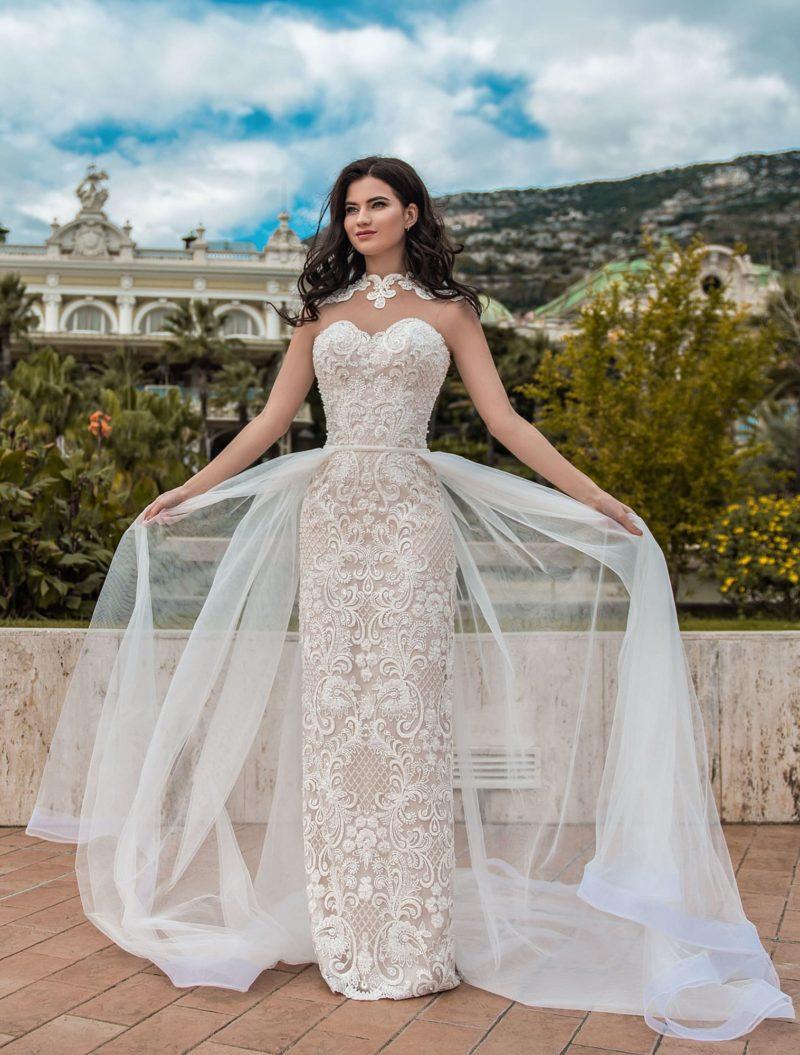 Платье со съемной верхней юбкой