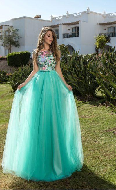 Мятное летнее платье
