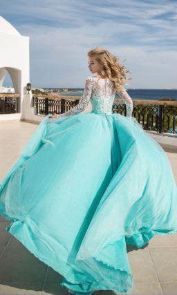 Красивое мятное платье